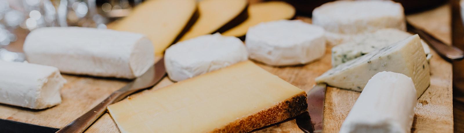 cheese tasting board